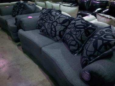 Find Delaware Furniture Deals At The Afr New Castle Clearance Center Afr Furniture Rental And